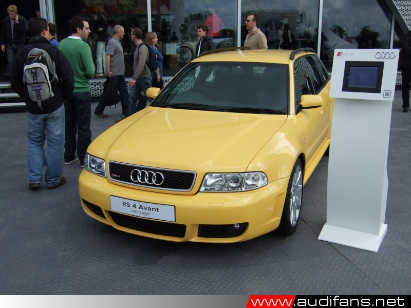 B5 RS4- photo Copyright Audifans.net 2012